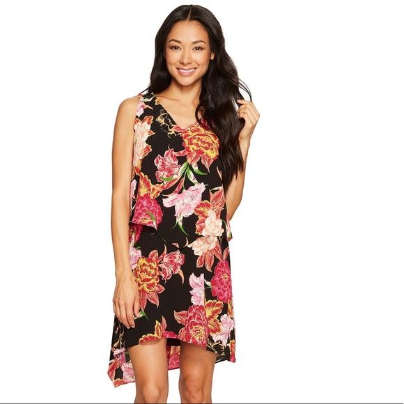 Tahari Dresses & Skirts - Tahari popover floral tiered chiffon Shift dress